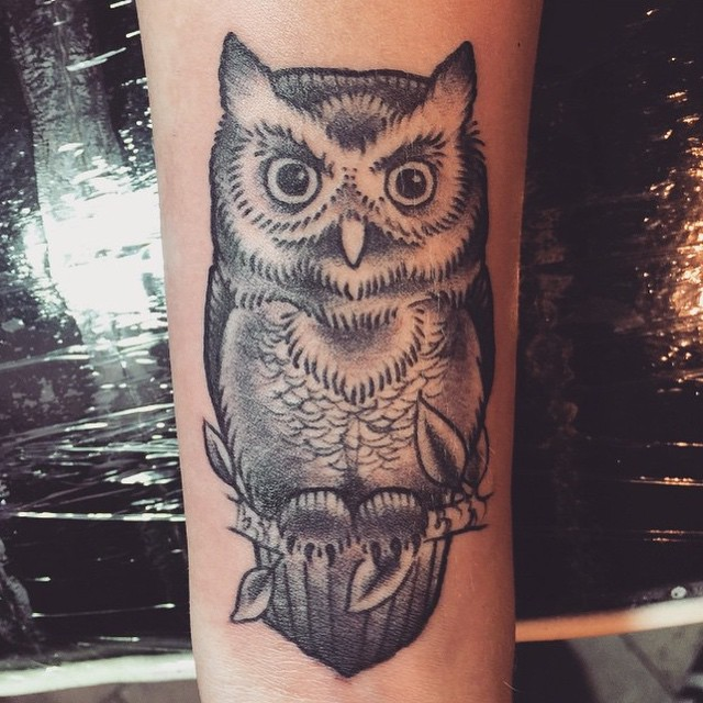 #blackandgrey #owltattoo by @nathanieltattoosd #remingtontattoo #sandiegotattoo