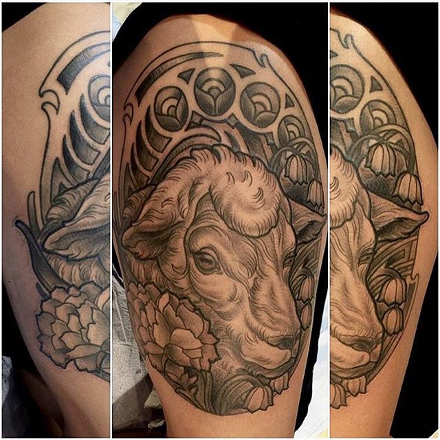 Sheep tattoo by Terry Ribera @terryribera Stop by Remington Tattoo to book your appointment with Terry today! #sandiegotattoo #remingtontattoo #sheeptattoo #animaltattoo #lambtattoo #lambofgod #blackandgreytattoo